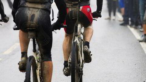 Mannlige syklister har lite å frykte, ifølge en ny studie. SyklisterSjusjøen 20110827. Syklister oppe ved Sjusjøen under Birkebeinerrittet 2011.