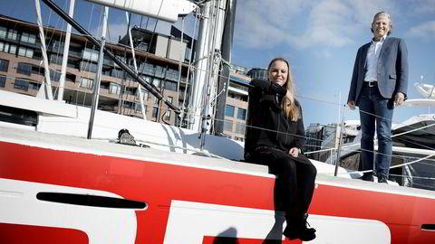 Red- gruppen omorganiserer og Maria Aas-Eng blir ny konsernsjef. Her med styreleder i Red,Nils Røang, om bord i Røangs båt «Red».