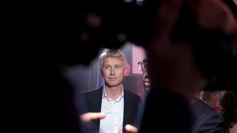 TV 2-sjef Olav T. Sandnes vil at kanalen igjen skal bli kommersiell allmennkringkaster.