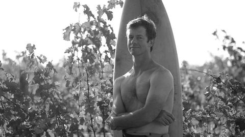 For Johan Reyneke er livet vin og surfing. Nå får han konkurranse.