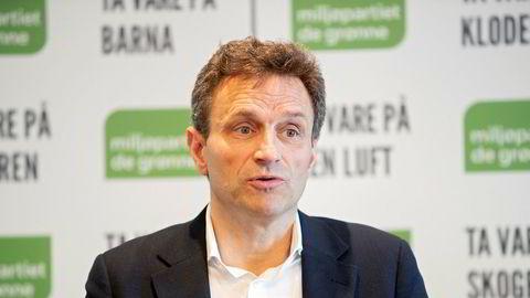Nasjonale talsperson Arild Hermstad i MDG mener folk bør få reise hvor de vil når de mottar arbeidsavklaringspenger. Foto: Ryan Kelly / NTB scanpix