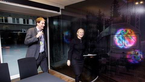 – Alle de 11 bankene er hjertelig velkommen tilbake, gitt at de stiller seg bak den strategiske retningen som er lagt for alliansen, sier Eika Gruppens konsernsjef Hege Toft-Karlsen. Her sammen med finansdirektør Sverre Kaarbøe.