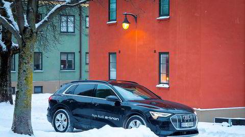 Audi har virkelig fått fart på salget av elbilen e-tron.