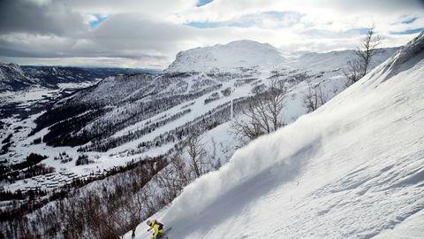 Den store andelen utenlandske gjester er blitt avgjørende for de største norske skisentrene. Her fra Hemsedal, der halvparten av overnattingsgjestene er besøkende fra utlandet.