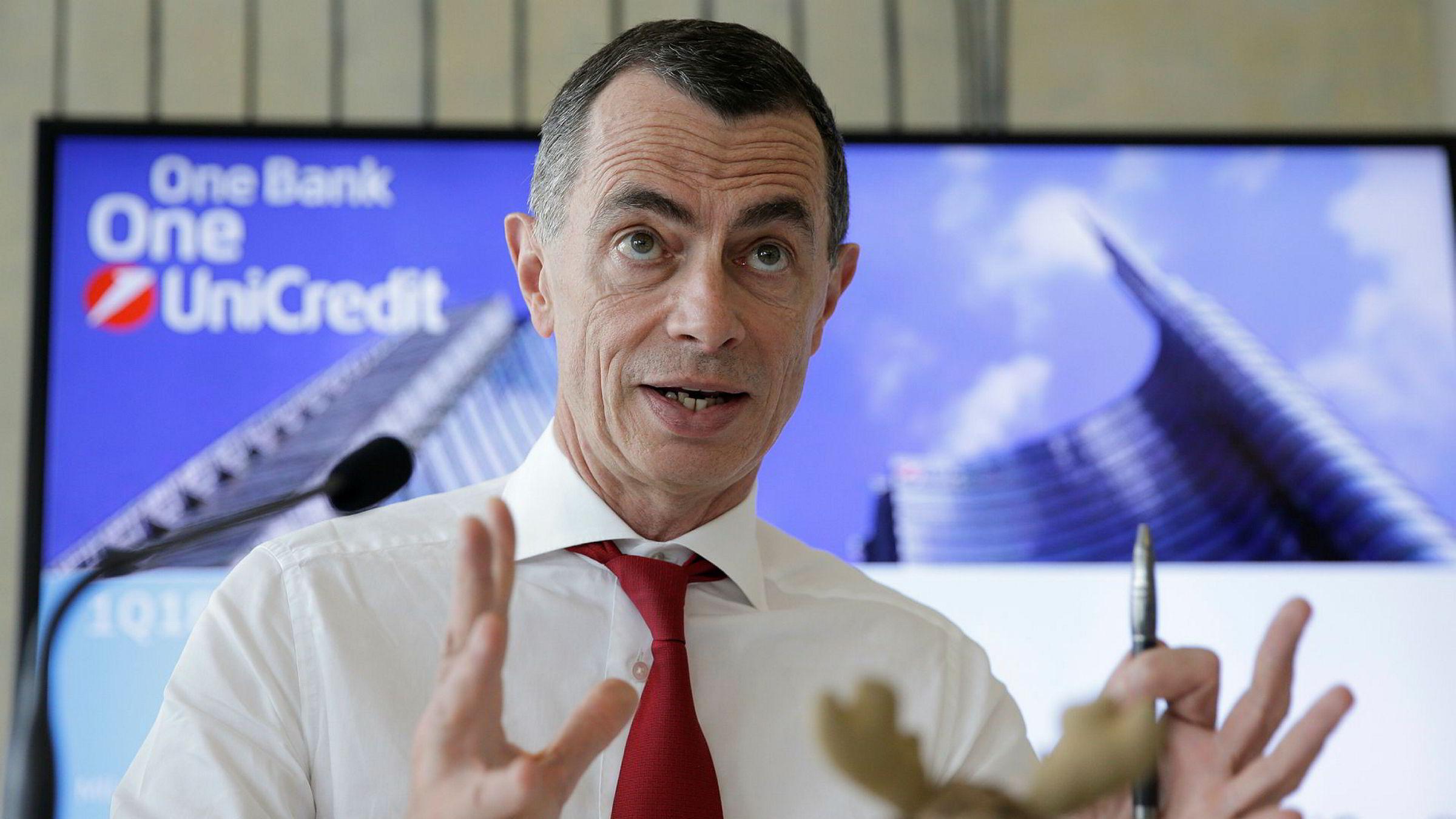 UniCredit-sjef Jean-Pierre Mustier jobber for å skape en ny europeisk bankgigant.