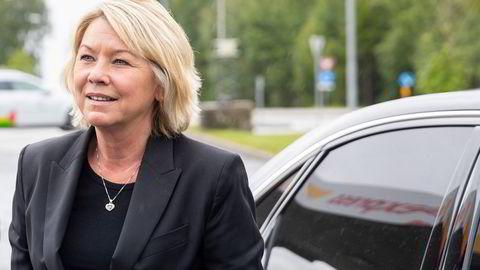 Justis- og beredskapsminister Monica Mæland har merket seg DNs artikler om skjult eierskap av eiendom i Norge. Til høsten vil hun sette ned en gruppe som skal vurdere tiltak.