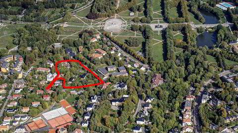 Ruth Katharina Mustad Bevreng betalte 70 prosent mer enn prisantydning da hun sikret seg naboeiendommen på Madserud, ved Frognerparken i Oslo. Nå kontrollerer familien alle de seks innringede eiendommene.