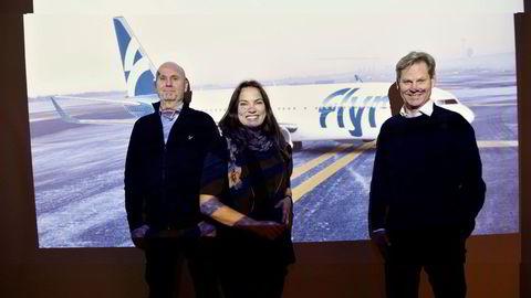 Til sommeren skal Flyr ha første avgang – i konkurranse med SAS, Norwegian og ungarske Wizz Air. Fra venstre: Finansdirektør Brede Huser, påtroppende sjef Tonje W. Frislid og hovedeier Erik G. Braathen. Bildet er tatt i januar.
