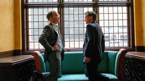 Toppsjef i hotellkjeden Nordic Choice Hotels, Torgeir Silseth (til venstre) bekrefter inntektsfall på rundt fem milliarder kroner i 2020. Til høyre hotellkjedeeier Petter A. Stordalen.