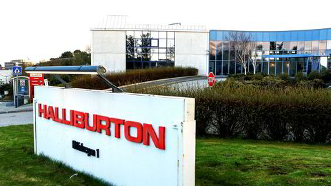 Det amerikanske oljeservicekonsernet Halliburton, som har sitt norske hovedkontor i Tananger (bildet) utenfor Stavanger, varsler salg av en av selskapets divisjoner.