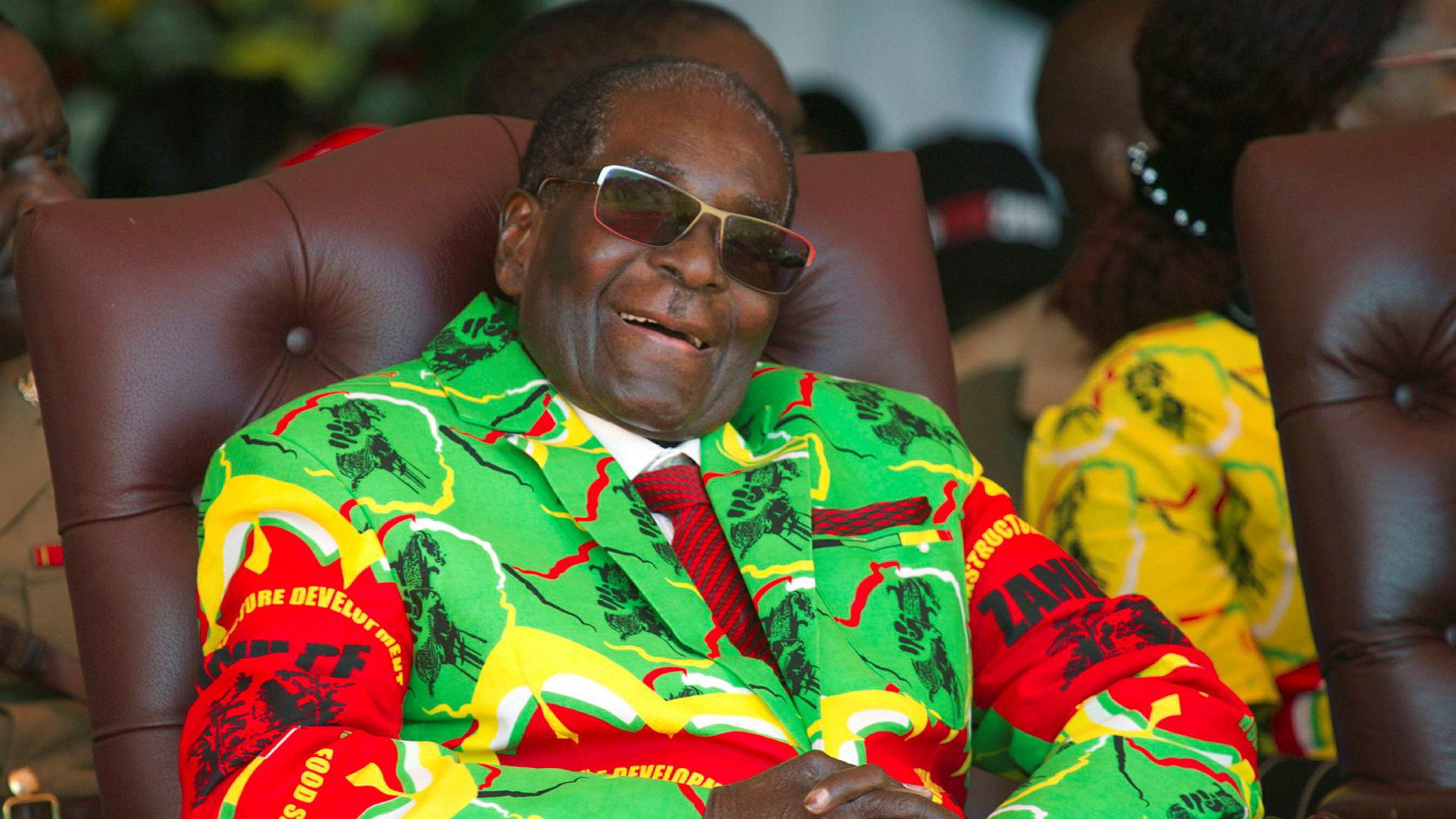 Zimbabwe er et skoleeksempel på hvordan en brutal frigjøring fra et brutalt regime gir nye brutale statsledere, skriver artikkelforfatteren. Robert Mugabe styrte gjennom 37 år.