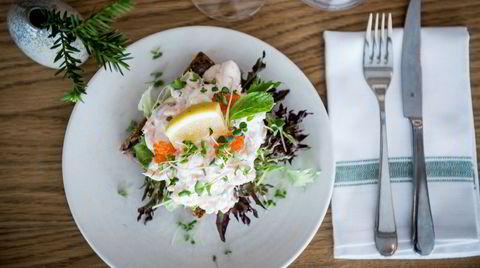 Kokken som fant opp Toast Skagen, Tore Wretman, var en forkjemper for svensk husmannskost. Men hvorfor kalte han den deilige retten opp etter en dansk by?
