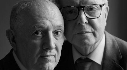 Mennesket. I rundt 50 år har Gilbert & George snakket om en «kunst for alle»: en kunst som setter mennesket, med alle sine eksistensielle problemstillinger, i sentrum. Det er dette kunst handler om, sier Gilbert (til venstre) til D2: Hvordan man konfronterer livet som menneske.