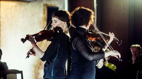 Dynamisk duo. Angharad Davies og Lina Lapelyte er blant de mange nyskapende musikerne som opptrer på allEars-festivalen i Oslo neste uke.