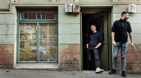 Hyde. – Fredensborg er et bra sted å åpne en restaurant nå, her er det flere uavhengige restauranter, sier kjøkkensjef Matthew North (til høyre), som åpner Hyde sammen med bartender Andreas Lohne i Pjoltergeists gamle lokaler.