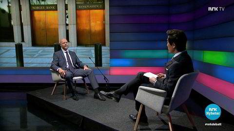 Yngve Slyngstad (t.v.) var lei seg, uansett hva Fredrik Solvang stilte spørsmål om på «Debatten» på NRK.
