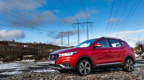 Så har elbilene fra Kina kommet til Norge. Først ut er den billige kompakt-suven MG ZS EV.