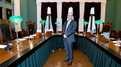 Graver i Høyesterett. Jusprofessor Hans Petter Graver har forsket på Høyesteretts virksomhet i årene med tysk okkupasjon.