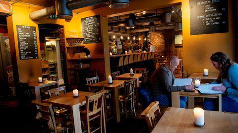 Etter 20 år er fremdeles Delicatessen på Grünerløkka et trivelig og rustikt spisested.