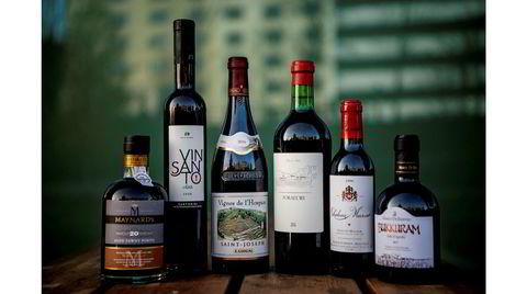 Vinflasker portvin. Maynards , Vinsanto, Saint-Joseph, Foradori, Chateau Nusar, Bukkuram.