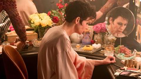 Speil, speil. Oscar-vinneren Renée Zellweger spiller voksenutgaven av barnestjernen Garland i Rupert Goold-dramaet «Judy».