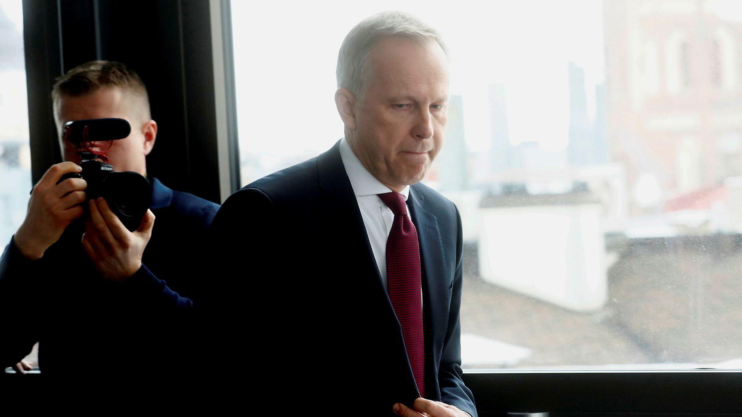 Latvias sentralbanksjef Ilmars Rimsevics er i hardt vær.