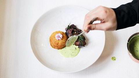 Gjeddelek. En kake av gjedde, blåpotet og tartarsaus ved luksuriøse Art Priori, Tallin