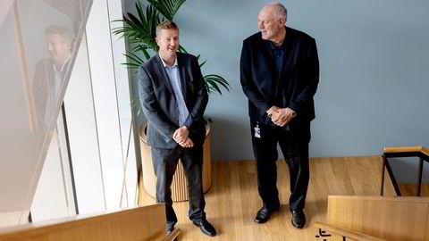 – Det var ikke gitt hvem skulle vinne fra starten av, sier Arne Erik Berntzen, it-direktør i Posten Norge (til venstre). Administrerende direktør Stein-Erik Vellan i Telia Norge (til høyre) gikk denne gang av med seieren.