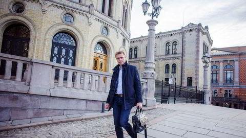 Politikere som Ola Borten Moe lider av industripolitisk latskap og lukker øynene for at norsk eksport domineres av petroleum, skriver Jonas Algers.