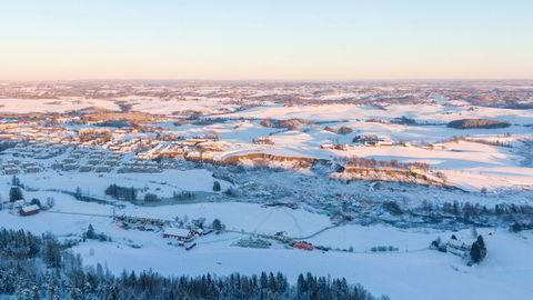 I områder som ligger høyere enn 200 meter over havet, er det ikke kvikkleire. Mer av boligbyggingen burde ha foregått der, skriver Knut Bjørlykke.