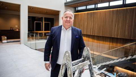 Geir Arne Olsen og Netcompany fikk tildelt oppdraget med nytt koronasertifikat torsdag og er allerede i gang med løsningen som kan bli sentral i gjenåpningen. Her fra selskapets norske hovedkontor i Oslo.
