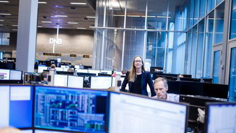 Sjeføkonom Kjersti Haugland og seniorøkonom Kyrre Aamdal i DNB Markets. Økonomene legger frem nye prognoser torsdag.