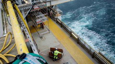 Den globale etterspørselen etter olje øker. Her fra Troll A-plattformen i Nordsjøen.