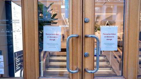 Butikker rundt om i landet har periodevis vært stengt grunnet koronarestriksjoner. I Oslo har butikkene vært stengt siden 1. mars.