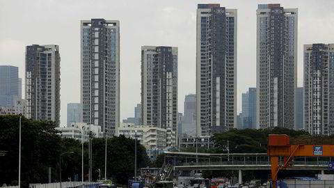 På 40 år har Shenzhen gått fra å være en liten fiskelandsby i Sør-Kina til å bli landets mest innovative by med en verdiskapning som er nesten like høy som Norge. «Silicon Delta»-regionen er hjem til noen av Asias største teknologiselskaper, blant annet Tencent og Huawei.