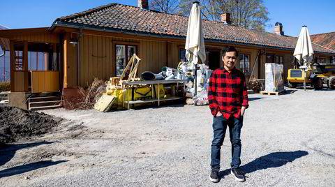 Björn Svensson foran Schlägergården på Lilleaker, der han planlegger ny restaurant med samme navn.