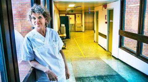 Litteraturanmelder i Dagbladet og nyutdannet sykepleier Cathrine Krøger går til frontalangrep på sykepleiestudiet. Hun har mange gode poenger.
