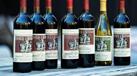 Lite har skjedd med etikettene til Heitz Cellars sine viner siden starten i 1961. 5. mai slippes hele rekken med viner fra den legendariske produsenten på Polet.