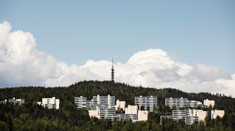 Team Romsås. Alex Christiansen (1925–2010) ledet tidlig i 1970-årene det såkalte Romsåsteamet, arkitektene som sto for utbyggingen av 2600 leiligheter i den nye drabantbyen mellom Trondheimsveien og Lillomarka i Oslo.