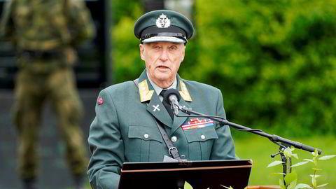 Kong Harald, her fra 75-årsmarkeringen for frigjøringen på Akershus festning 8. mai.