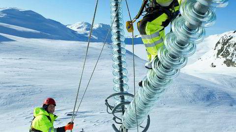 Behovet for investeringer i strømnettet er svært stort i årene som kommer, både reinvesteringer og nyinvesteringer, skriver Lars Sørgard i innlegget.