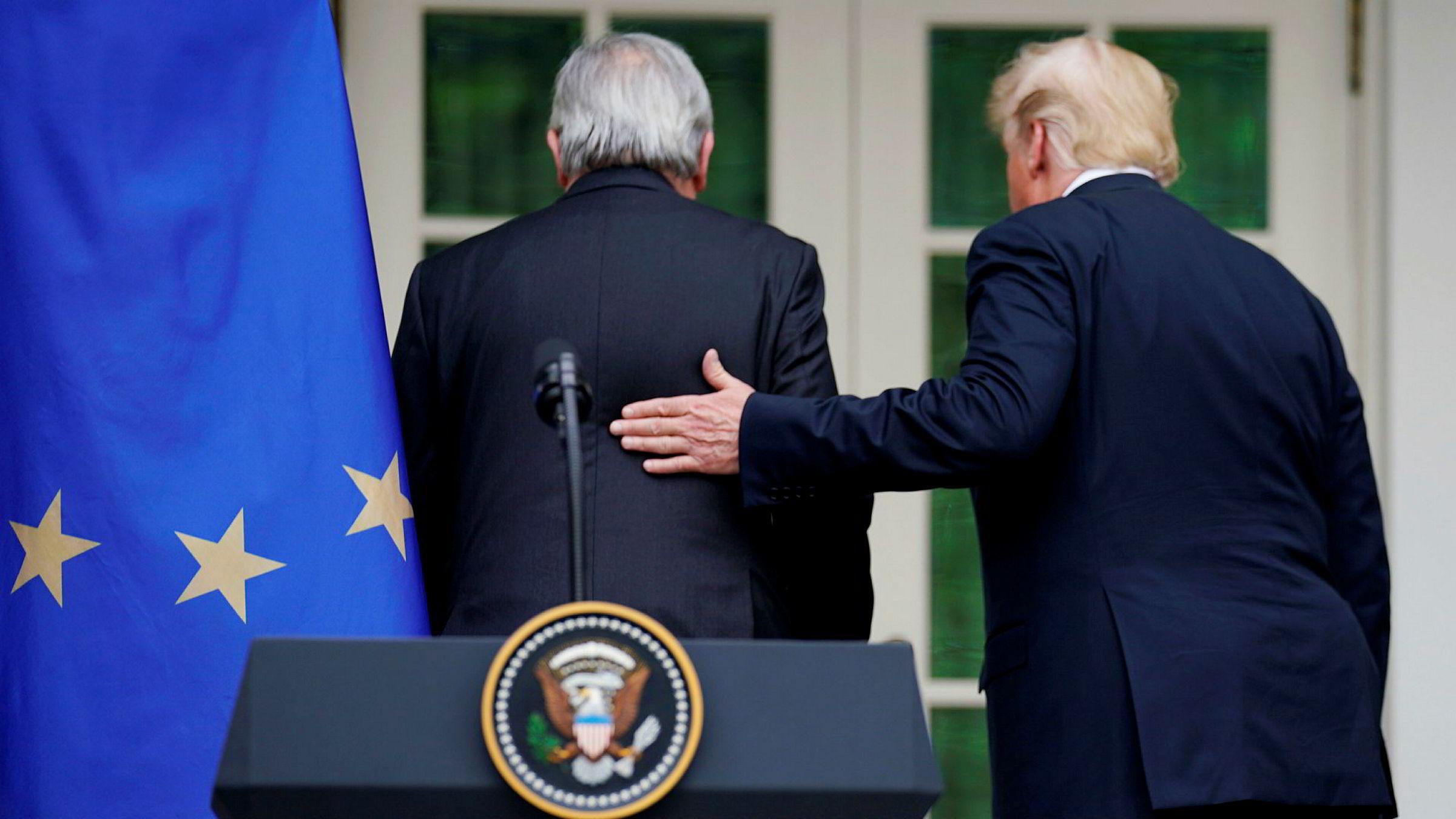 Onsdag erklærte USAs president Donald Trump og EU-president Jean-Claude Juncker våpenhvile i den atlantiske handelskrigen.