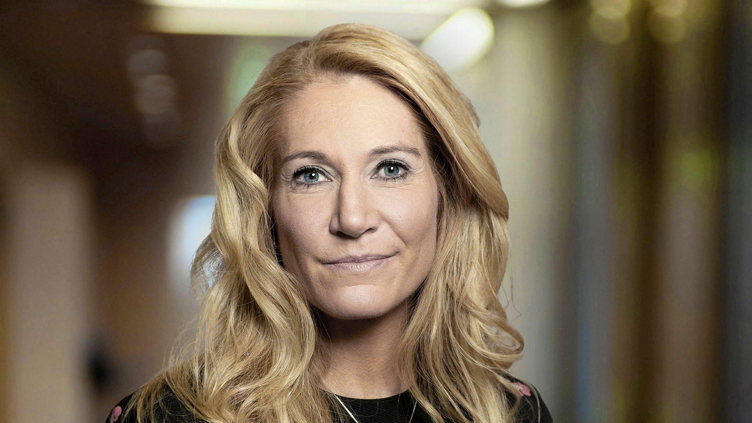 Julie Brodtkorb leder Norges Banks representantskap. Det kommer med flengende kritikk av Tangen-ansettelsen.