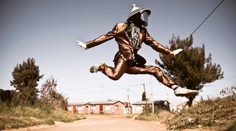 Johannesburg, 2016. Sør-Afrikansk pantsula-danser i Soweto Township.