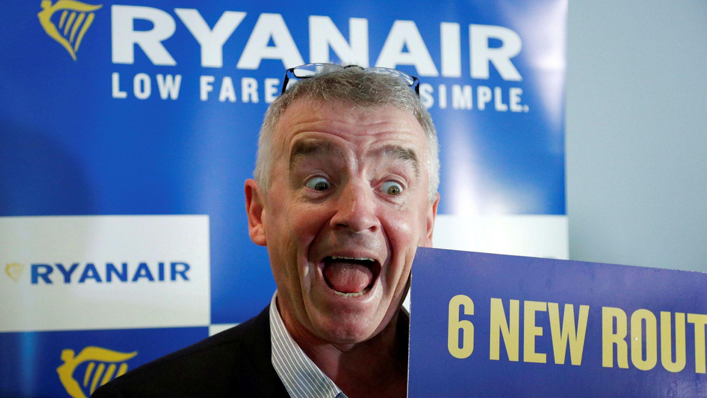 Ryanair-sjef Michael O'Leary mobber Norwegians høye kostnader.