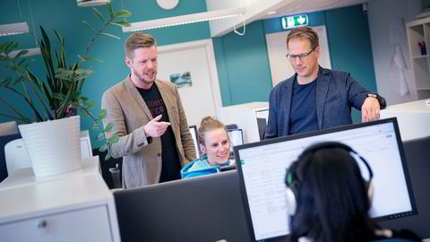 Zedge er lastet ned 250 millioner ganger, og har 95 millioner aktive installasjoner og 33 millioner månedlige brukere. Her Thor Richard Isaksen (til venstre), Mari Hatlo og Tom Arnøy.