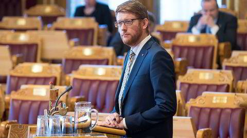 Aps utdanningspolitiske talsperson Martin Henriksen sier de fortsatt er bekymret for konsekvensene for de små, ideelle barnehagene