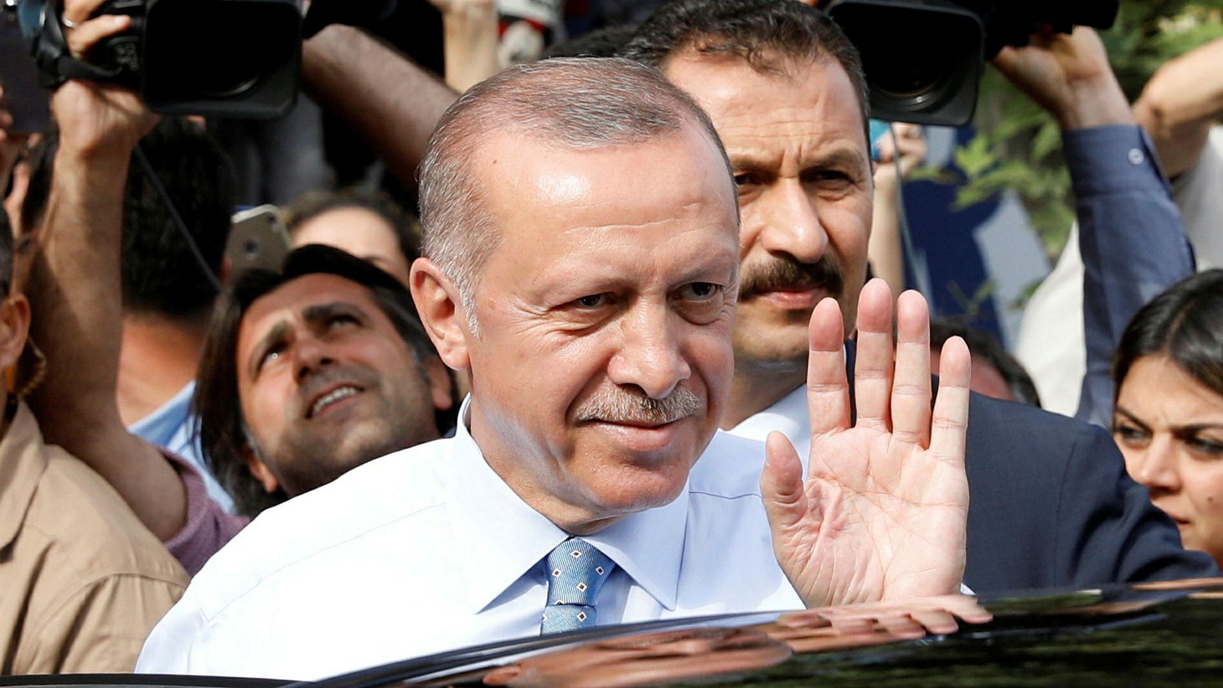 Halvparten av stemmene er telt i Tyrkia – Erdogan leder | DN
