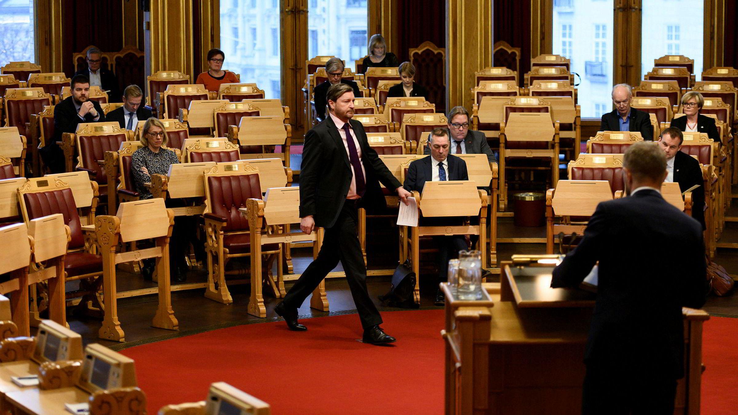 For første gang siden mai 2013 stilte Fremskrittspartiet spørsmål i spontanspørretimen onsdag. Æren gikk til Christian Tybring-Gjedde.