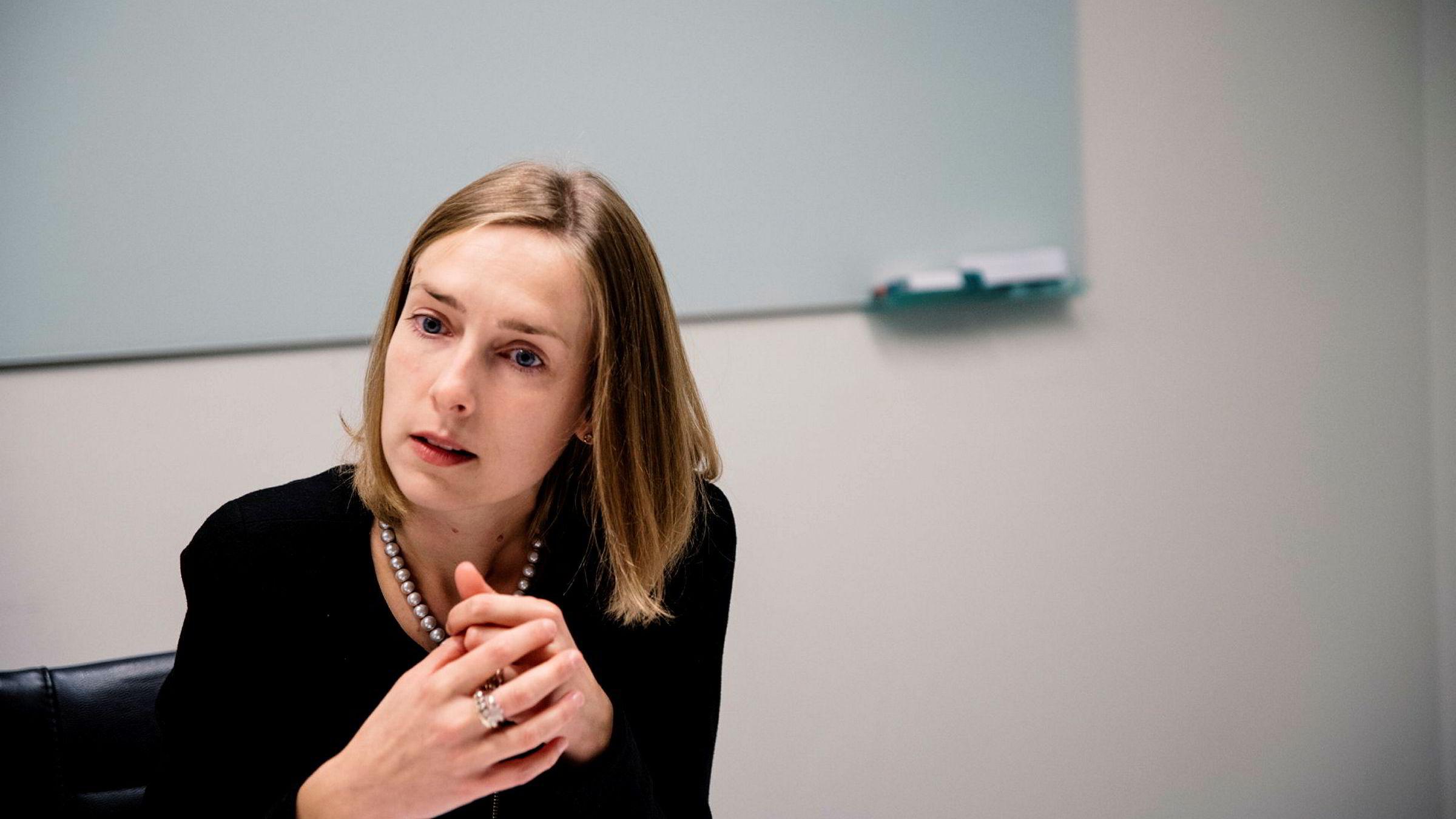 Forsknings- og høyere utdanningsminister Iselin Nybø gleder seg over lav ledighet for høyt utdannede.